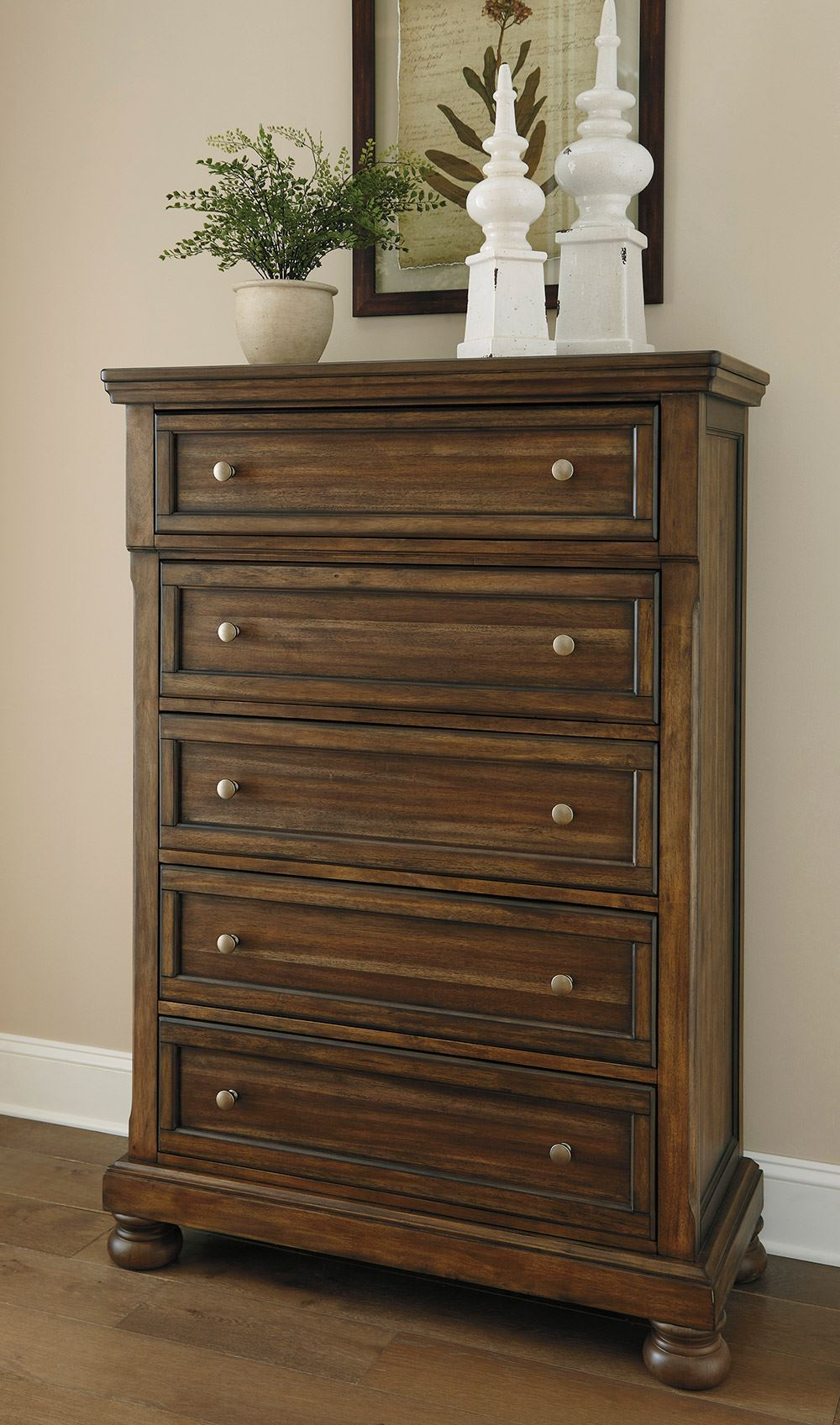 Picture of Flynnter Chest