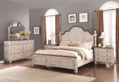 Plymouth Queen Poster Bedroom Set