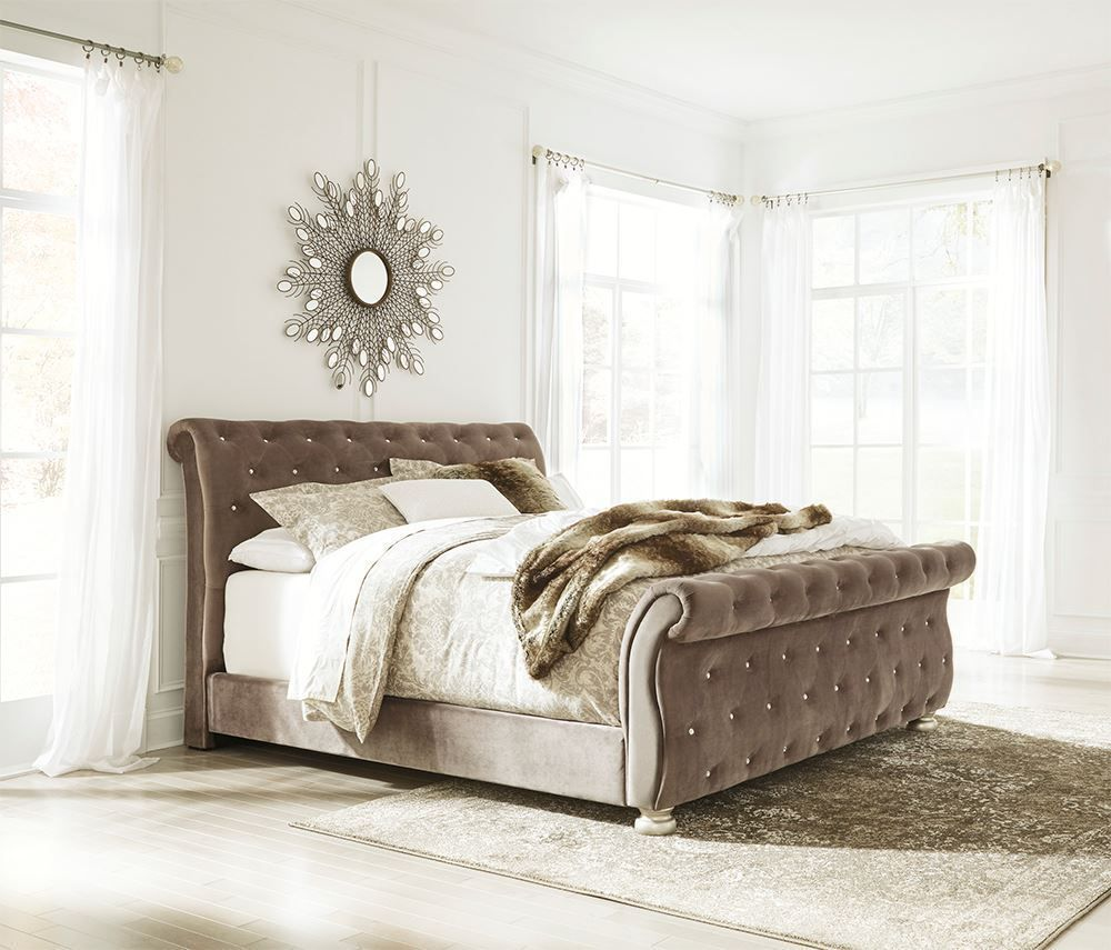 Picture of Cassimore King Upholstered Bed Set