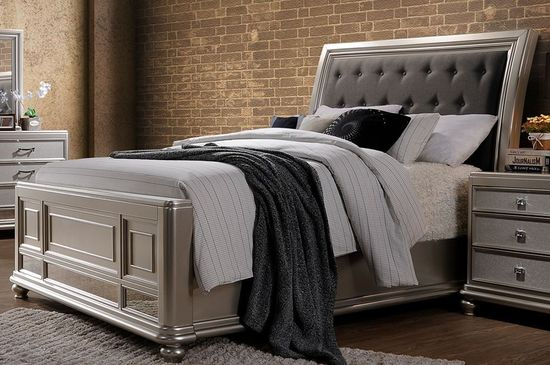 Picture of Venetia King Upholstered Bed Set