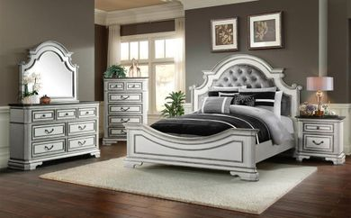 Leighton Manor Antique White King Bedroom Set