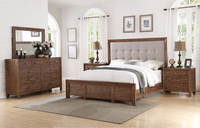 Hampton King Upholstered Bedroom Set