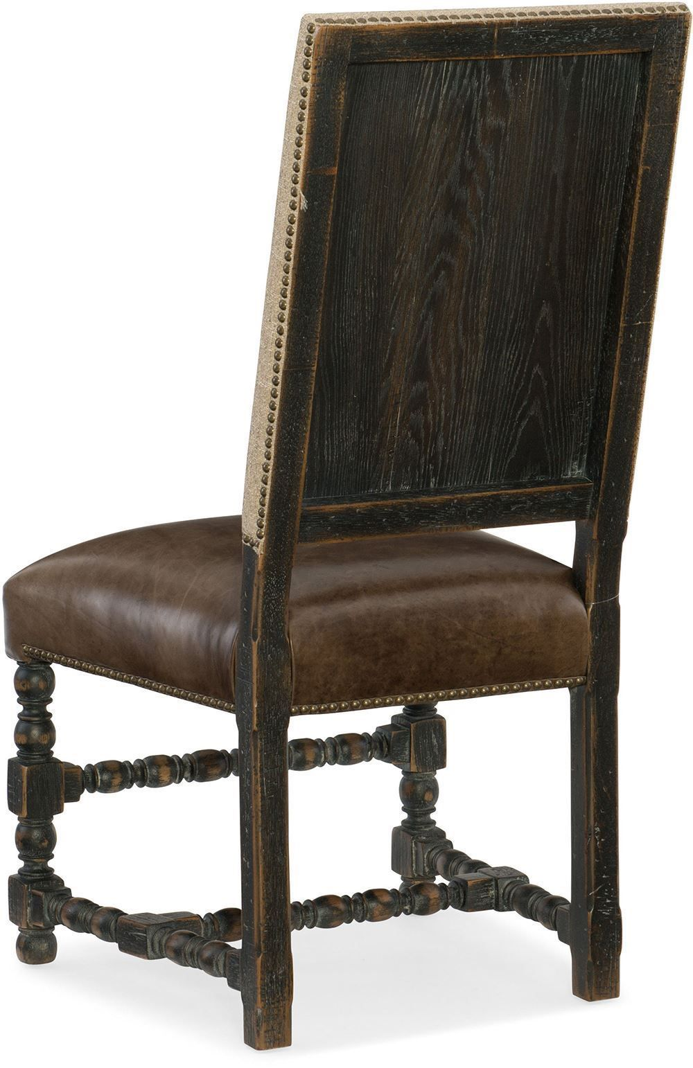 Picture of Hill Country Round Table with Four Side Chairs