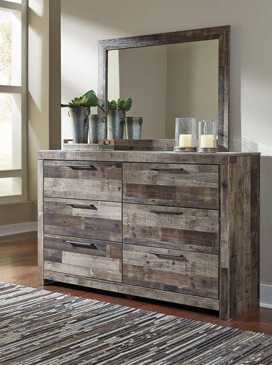 Derekson Dresser and Mirror Set