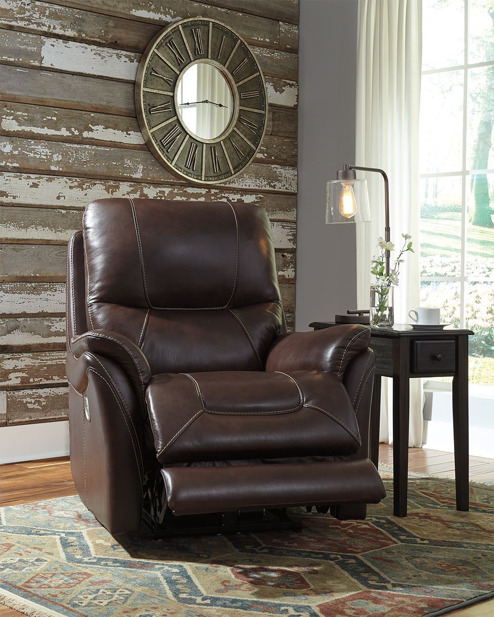 Picture of Stolpen Walnut Power Recliner