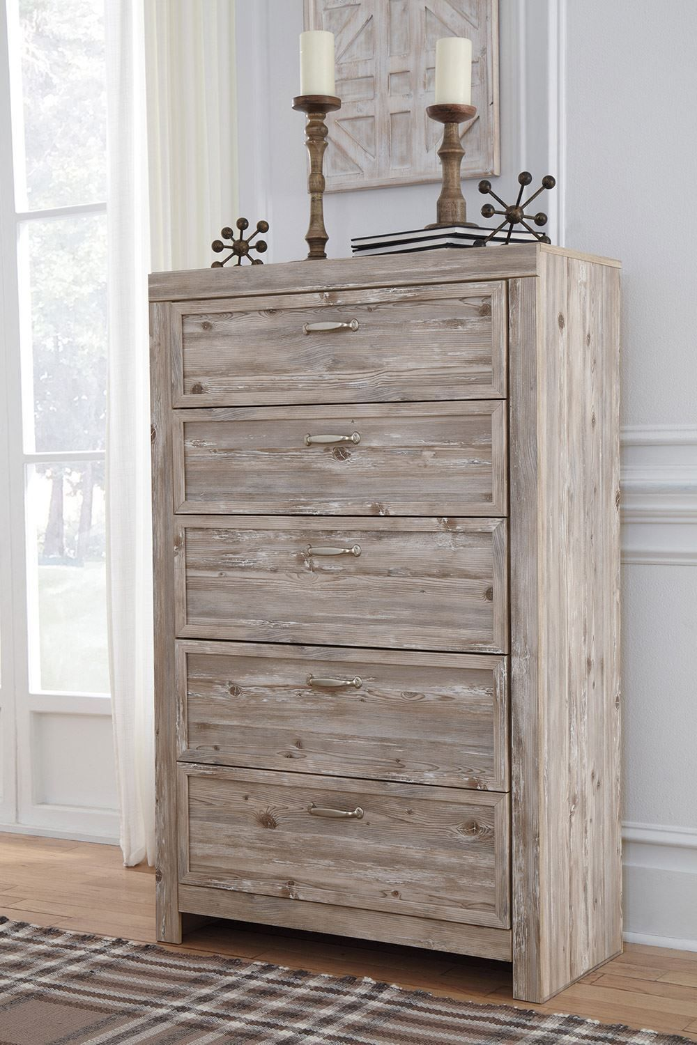 Picture of Willabry Chest