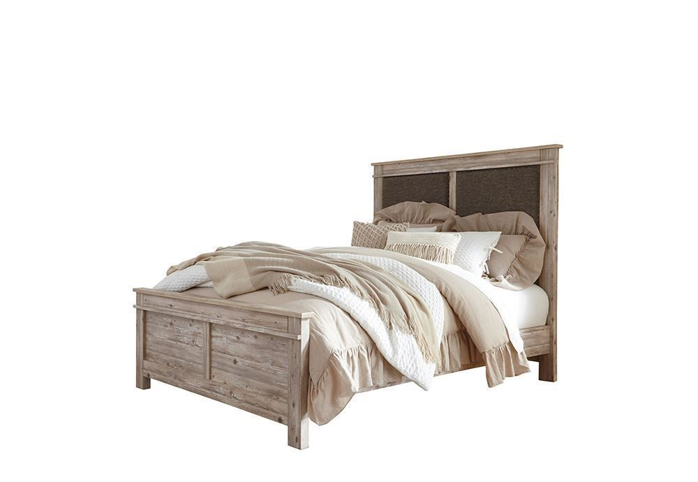 Picture of Willabry Queen Panel Bed Set