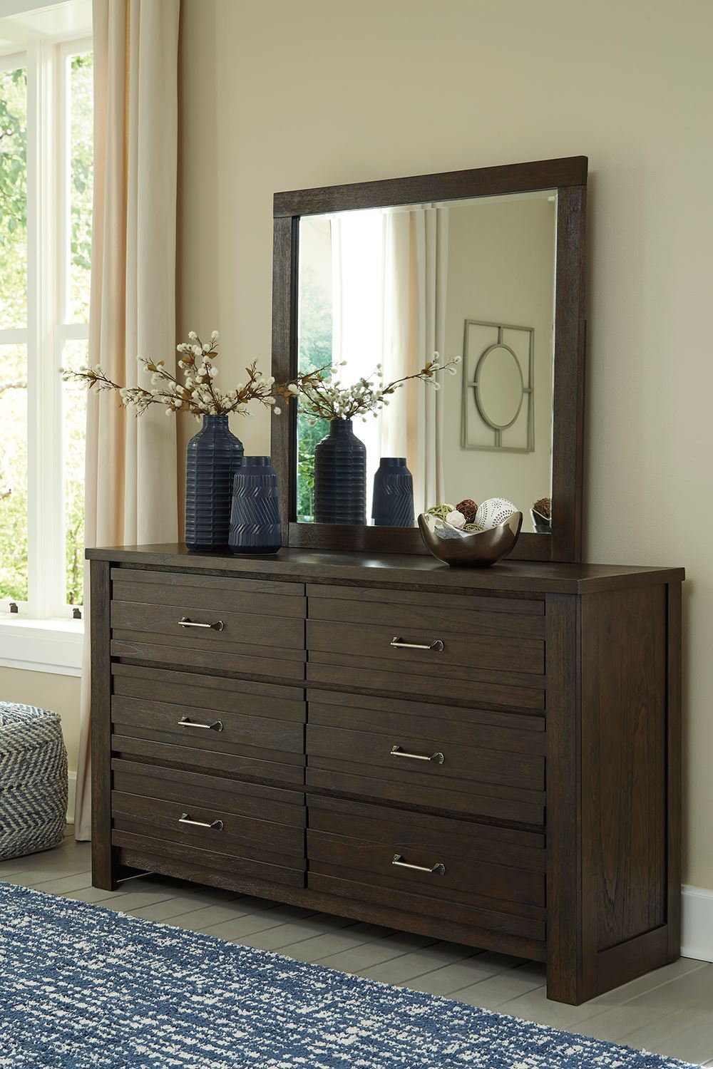 Picture of Darbry Dresser