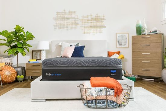 Picture of Sealy Gold Chill Plush Standard Boxspring-California King Mattress Set