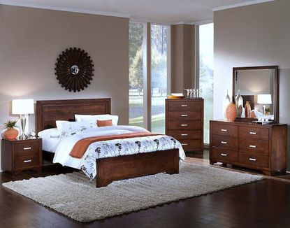 Urbandale King Bedroom Set