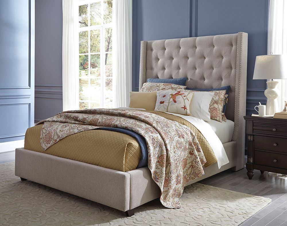 Picture of Vinings King Upholstered Bed Set