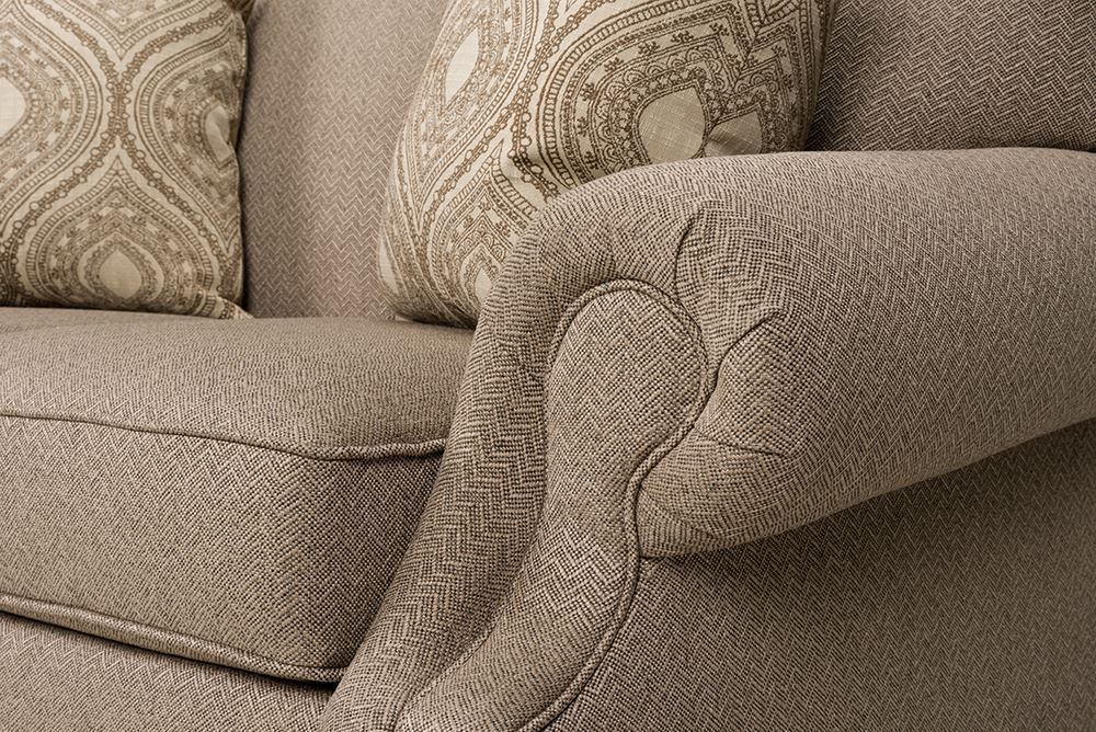 Picture of South Hampton Loveseat