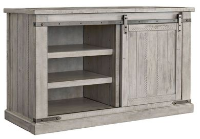 Carynhurst Medium TV Stand