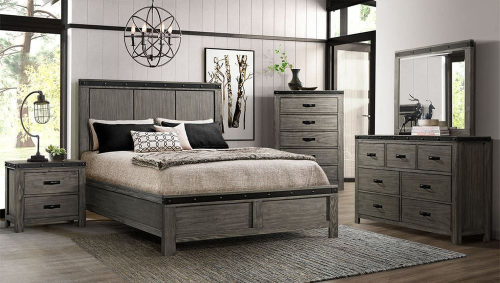 Picture of Wade Queen Panel Bed Set