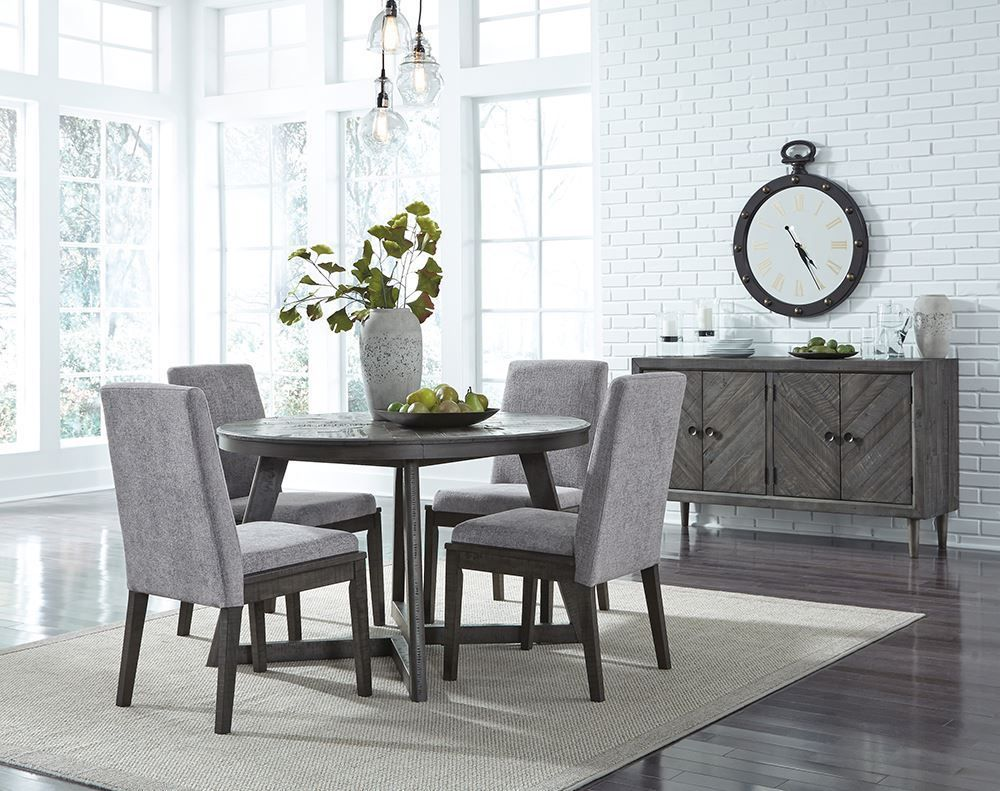 Picture of Besteneer Round Table with Four Chairs
