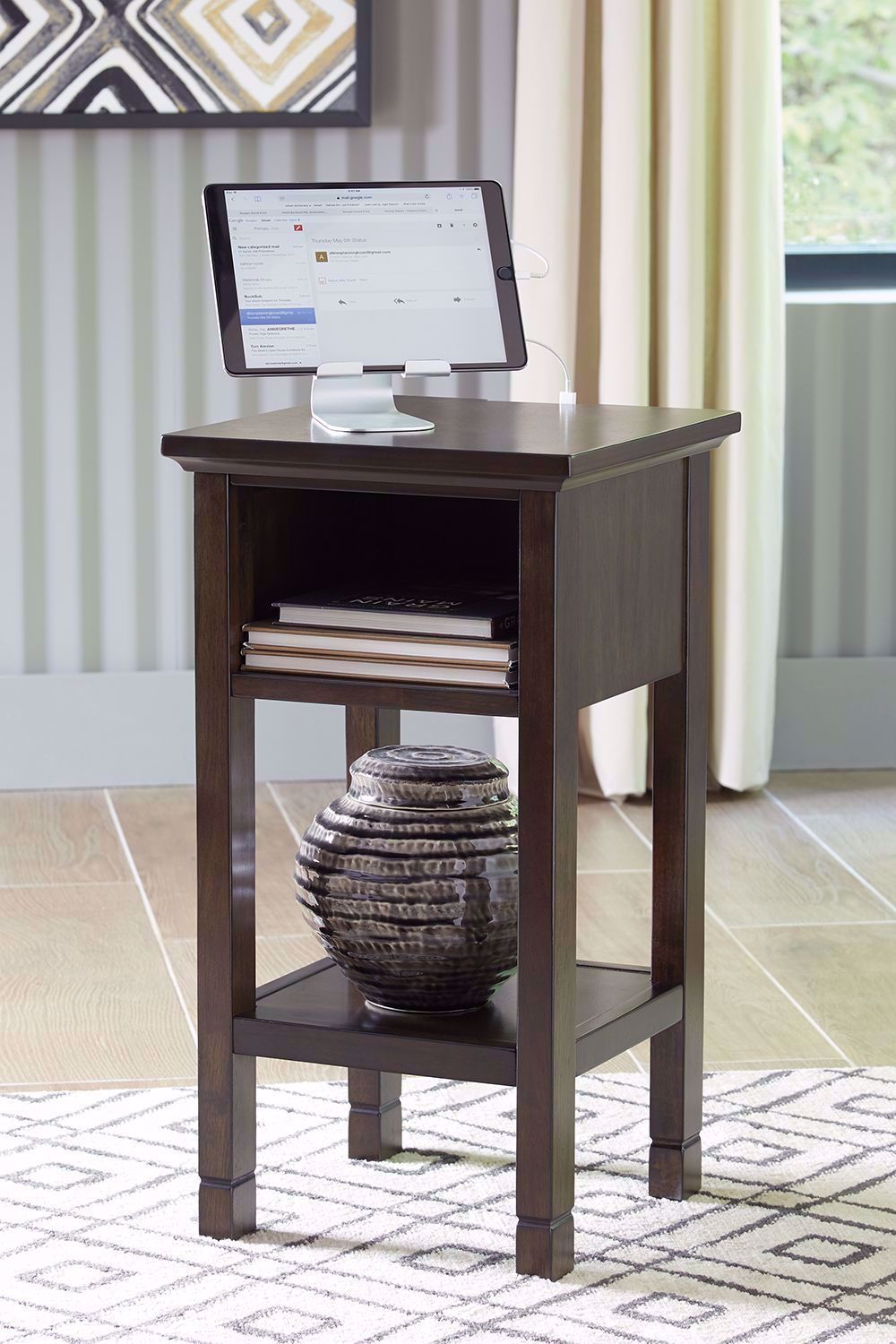 Picture of Marnville Accent Table with USB
