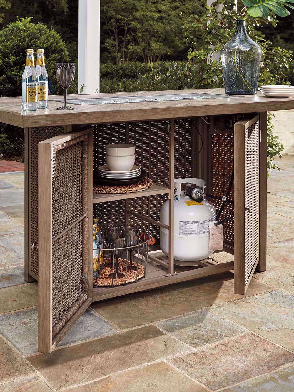 Picture of Beachcroft Rectangular Firepit Bar