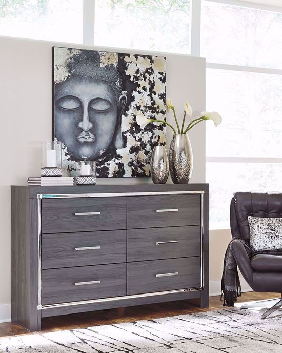 Picture of Lodanna Dresser