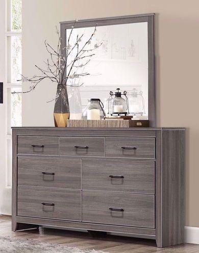 Marnie Dresser and Mirror
