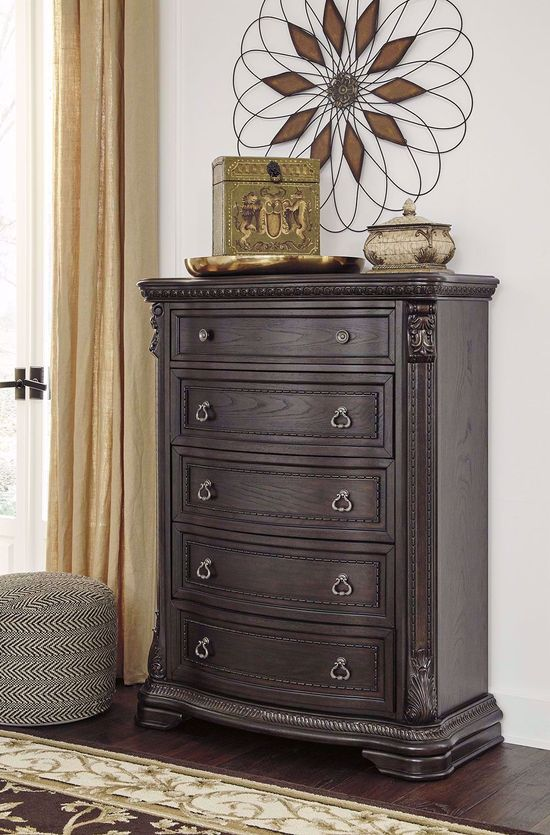 Picture of Wellsbrook Chest