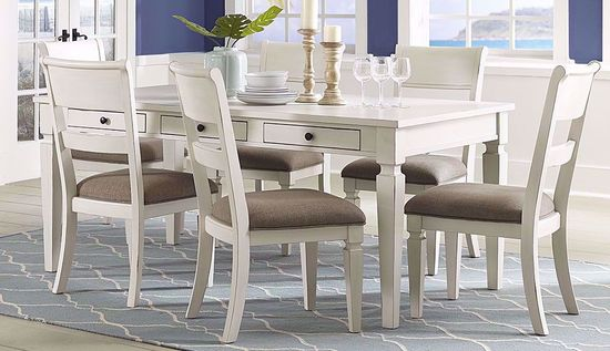 Picture of Chesapeak Bay Dining Table with Four Chairs