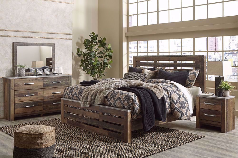 Picture of Chadbrook King Panel Bedroom Set