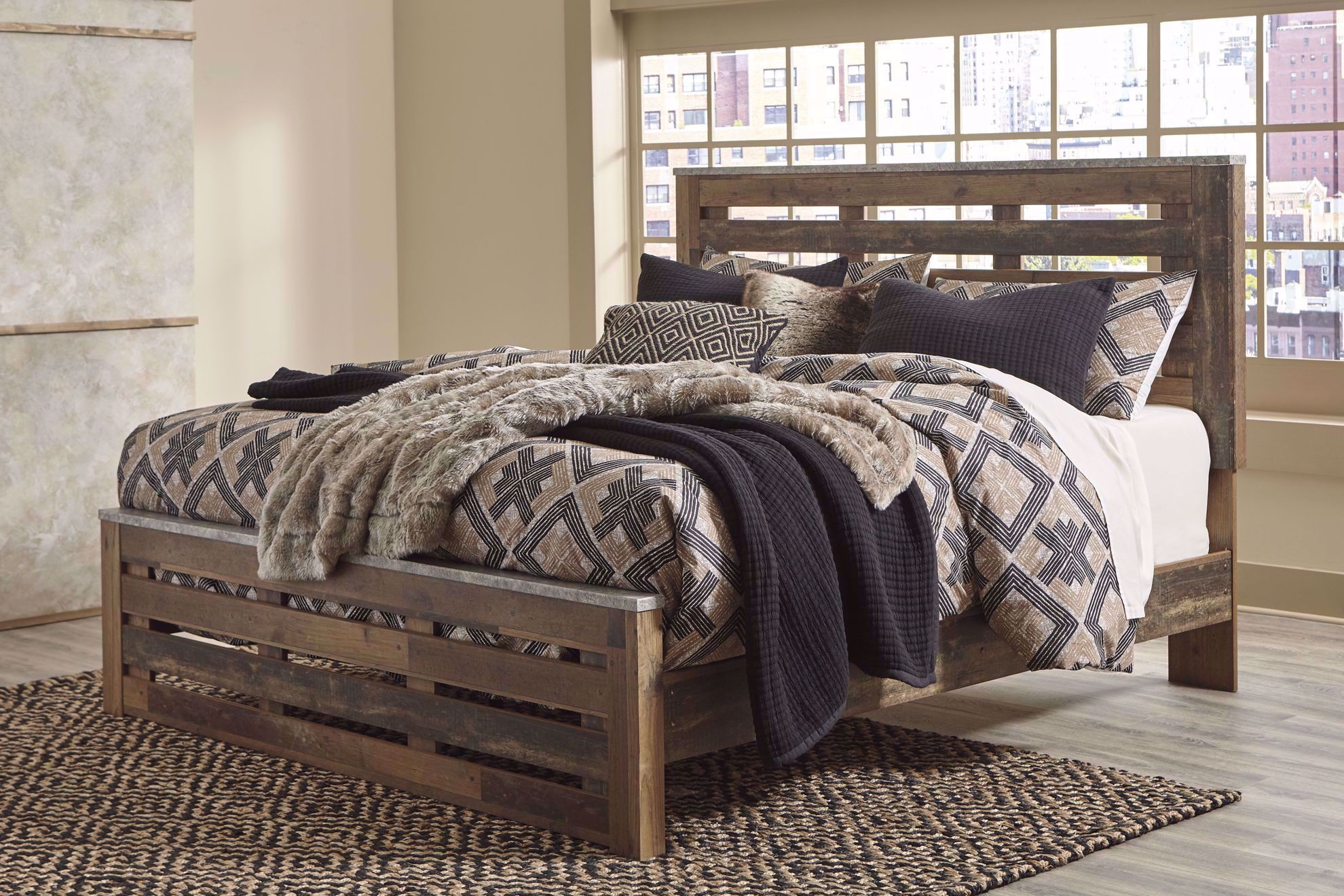 Picture of Chadbrook King Panel Bed Set