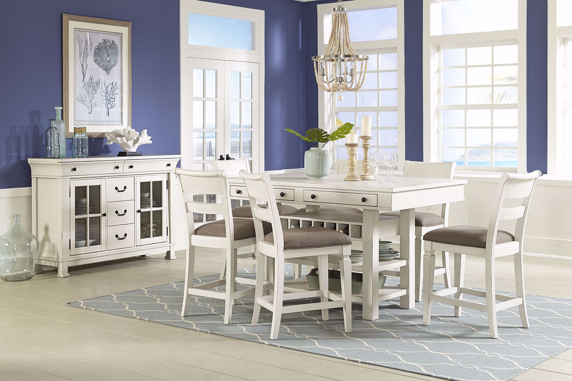 Picture of Chesapeak Bay Counter Table with Four Chairs