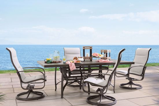 Picture of Cayman Isle Dining Table and 4 Chairs