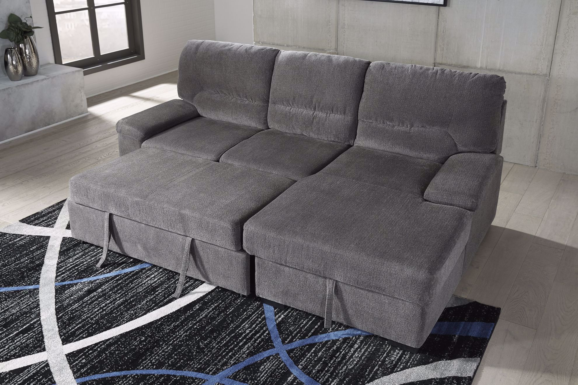 Picture of Yantis Gray 2-Piece Sectional