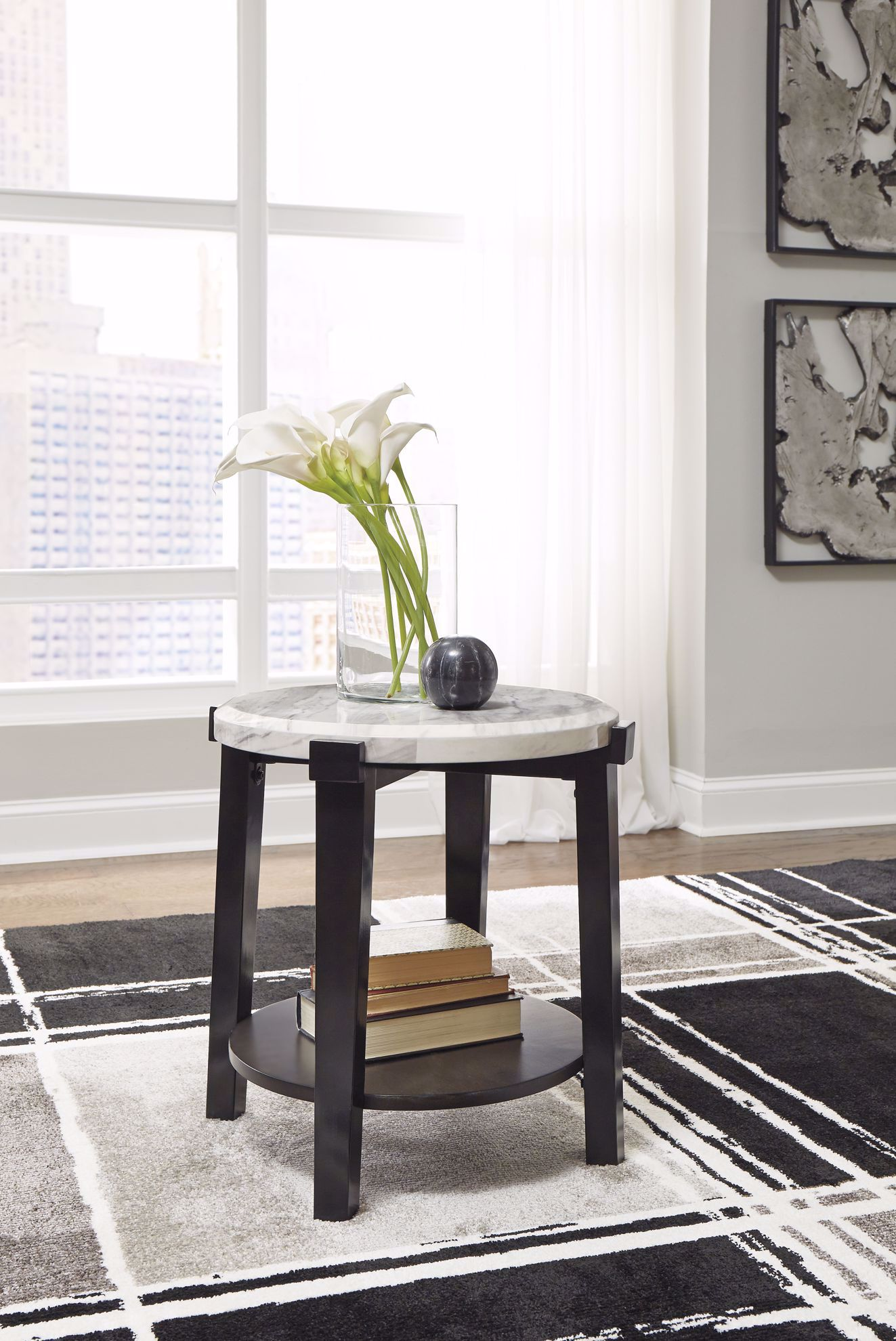 Picture of Janilly Brown White Round End Table
