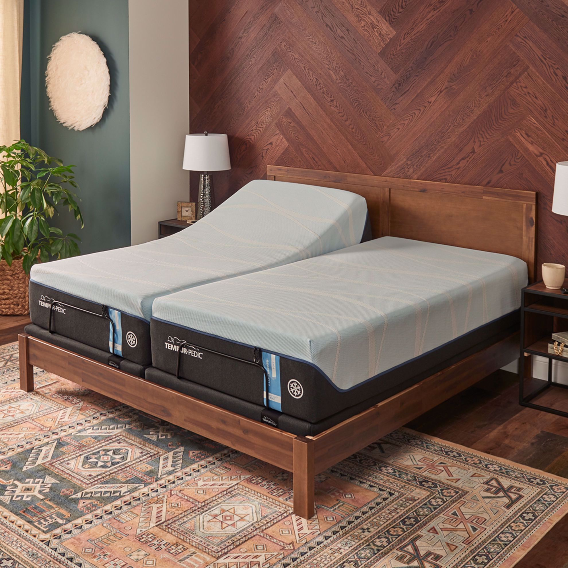 Picture of Tempur-Pedic Ergo Queen Adjustable Smart Base