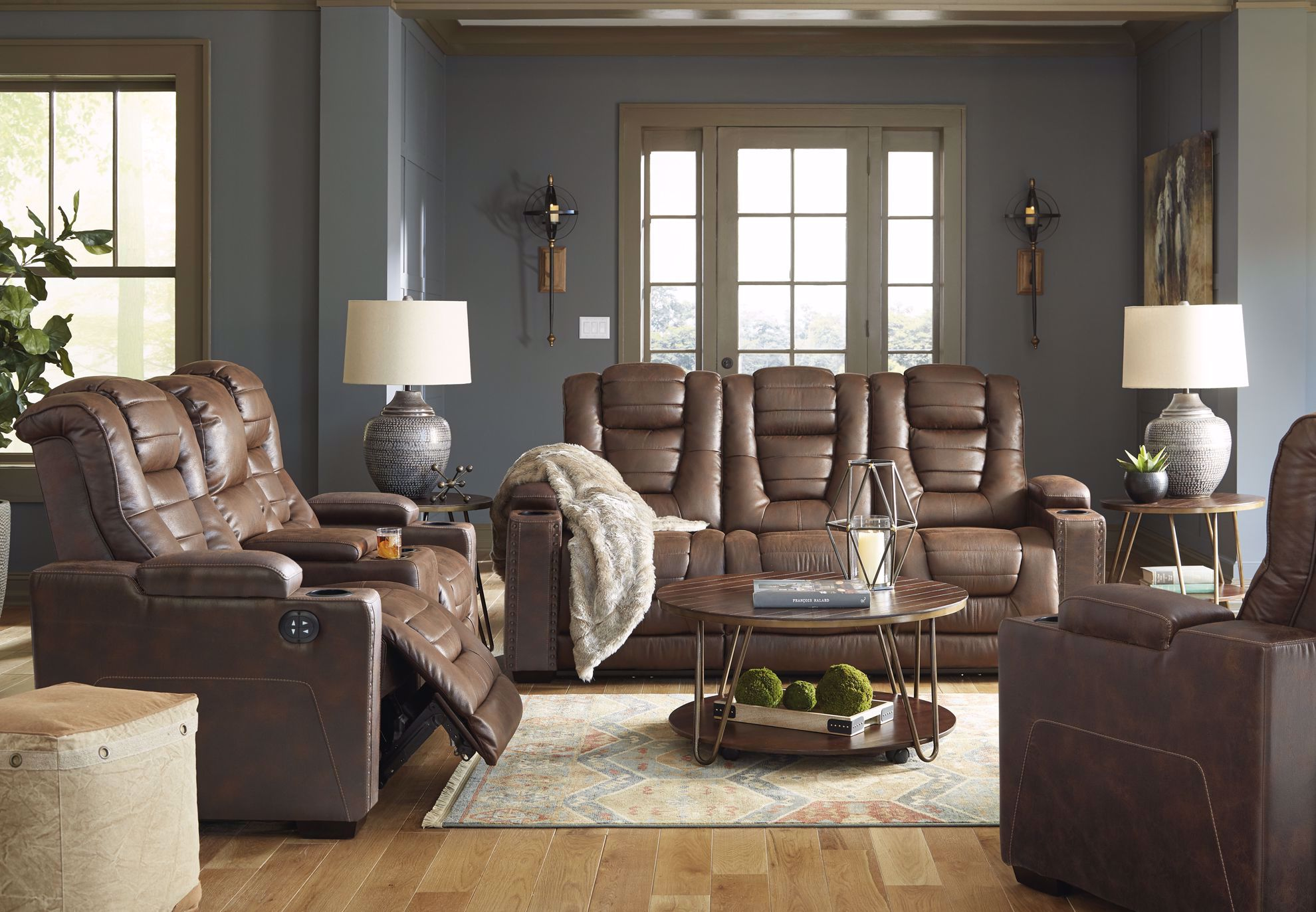 Picture of Owners Box Thyme Power Reclining Loveseat with Console