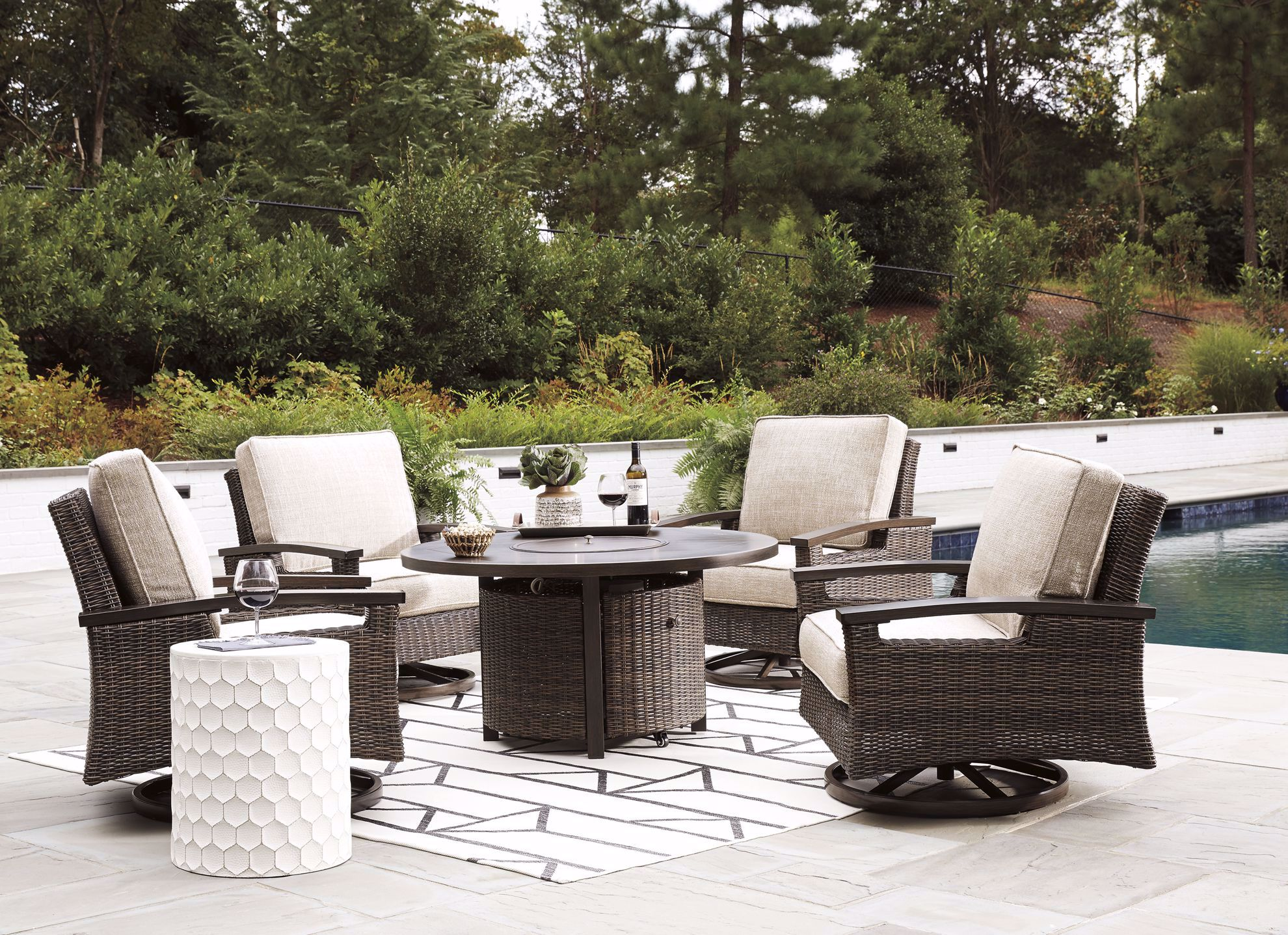 Picture of Paradise Trail Fire Pit Table and 4 Lounge Chairs