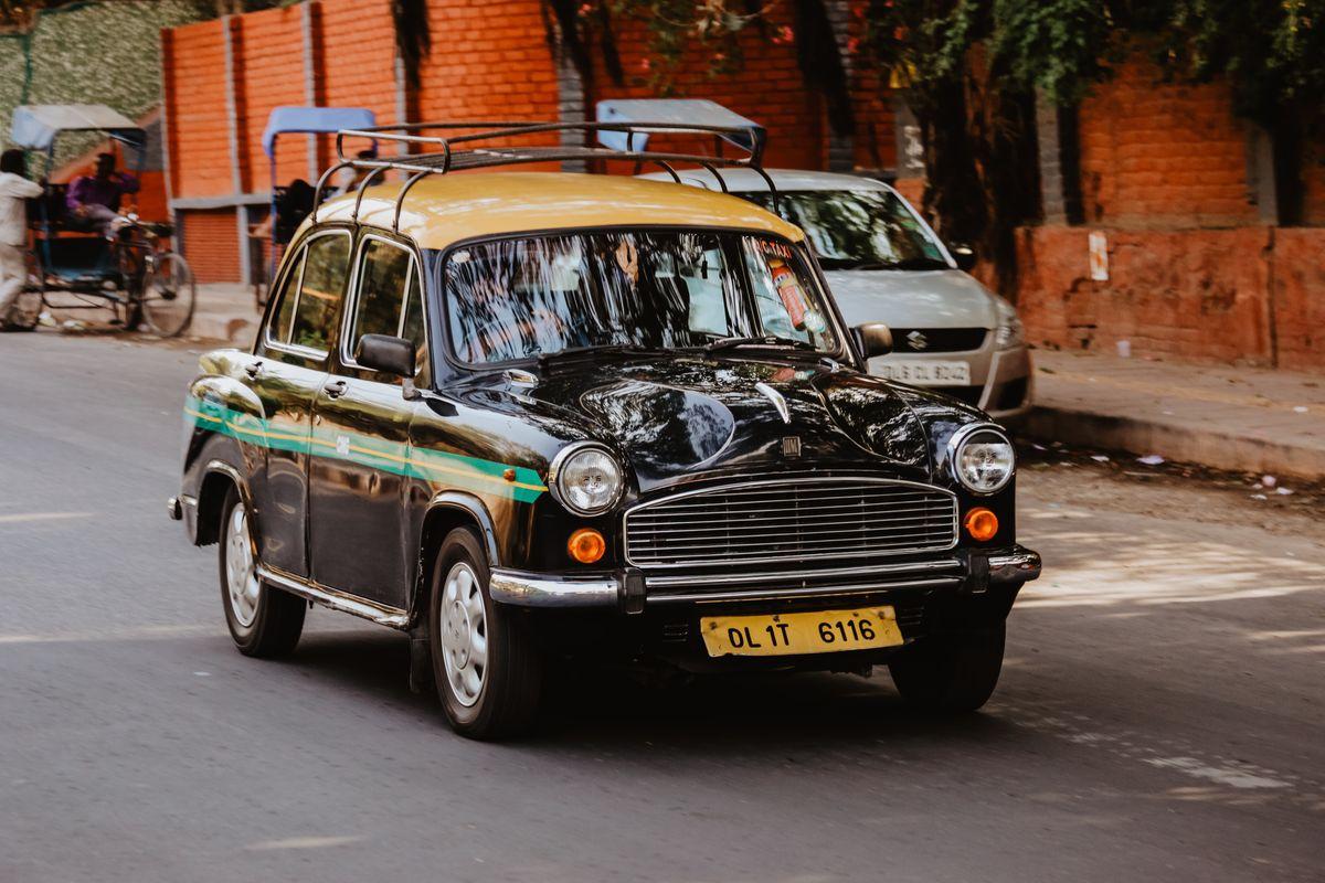 Taxi New Delhi