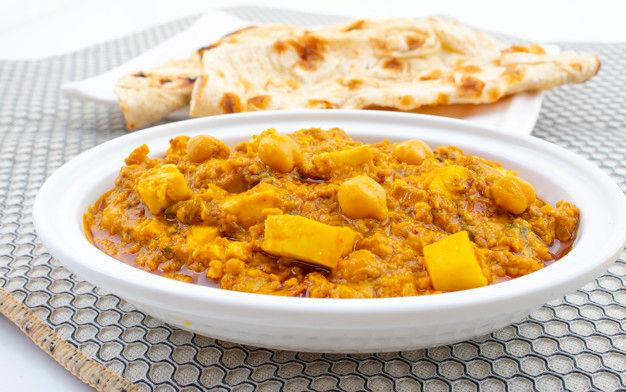 Chole Paneer Tandoori Naan North Indian Dish