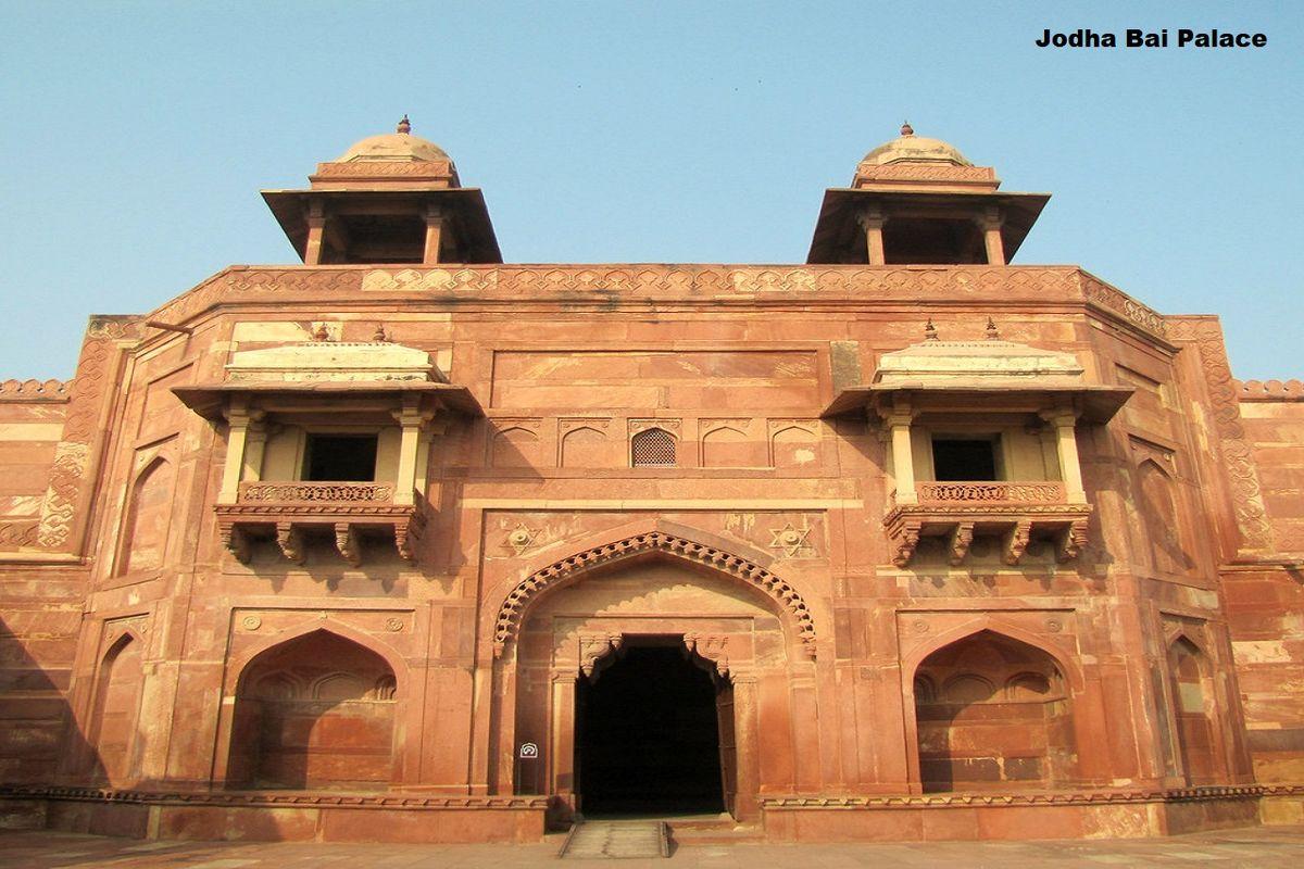 Jodha Bai Palace Fatehpur Sikri Agra 2 Day Itinerary
