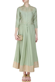 Pistachio green kurta and straight pants set by Anshul Apoorva-The DramaQueens
