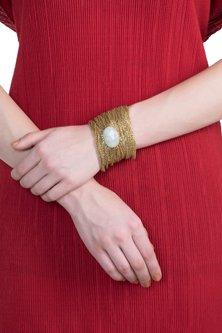 Gold plated chain bracelet by SAMSARA Jewels by RH