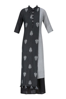 Light Grey and Black Peacock Feather Jamdani Motif Double Layered Dress by Debashri Samanta