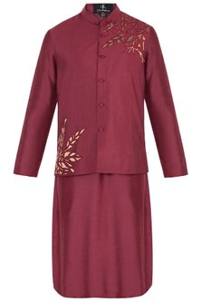 Maroon Embroidered Bundi Jacket with Kurta by Diya Rajvvir Men