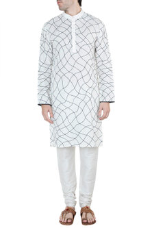 Off White & Black Embroidered Long Kurta by Diya Rajvvir Men