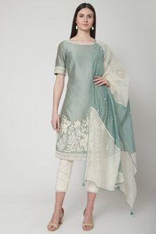 Green Embroidered Kurta Set by Mandira Wirk