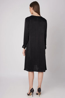Black Silk Viscose Buttoned Dress With Belt by Meadow