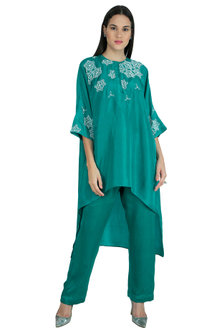 Emerald Green Embroidered Kaftan Top With Pants by Nineteen89 by Divya Bagri