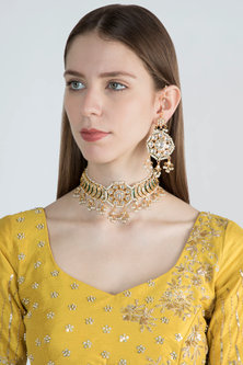 Gold Plated Choker Necklace Set by Soranam
