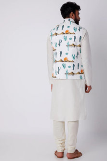 White Printed Bundi Jacket by SPRING BREAK