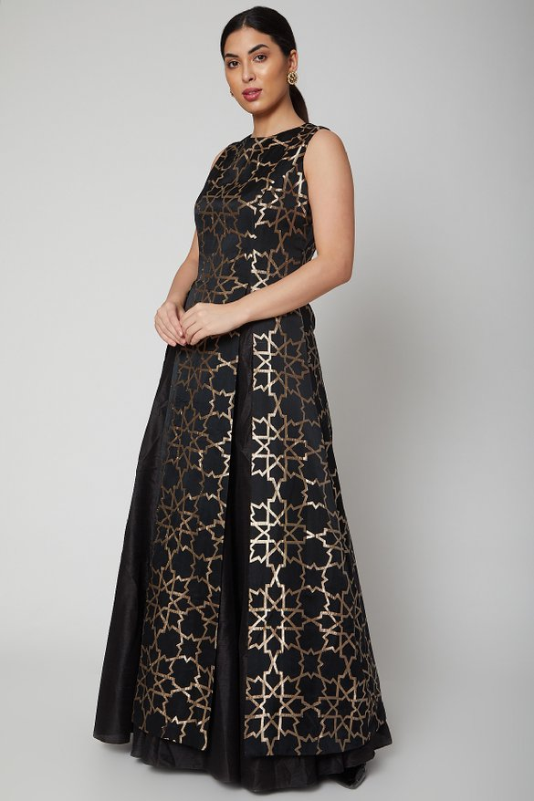 SVA Couture | Women's wear and Men's Wear on Sale - Sva Couture