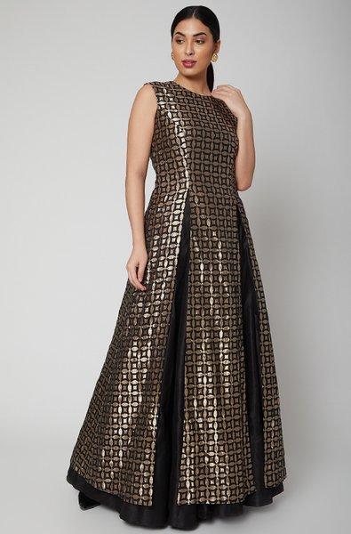 BLACK GEOMETRICAL DESIGN BROCADE HIGH SLIT KURTA SLEEVELESS AND BACK ZIP -  Sva Couture
