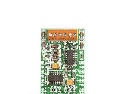 Mikroe ADC click - MCP3204 12-bit Analog-to-Digital Converter